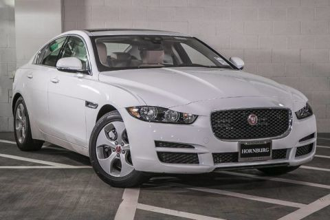 New 2017 Jaguar XE 25t With Navigation