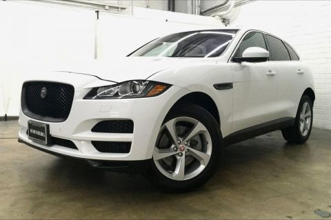 Certified Pre-Owned 2017 Jaguar F-PACE 35t Prestige With Navigation